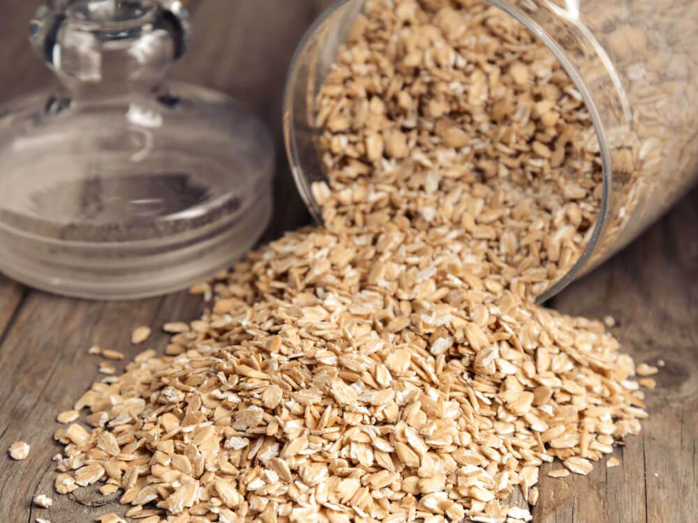 oatmeal, home remedy solution for dog dandruff
