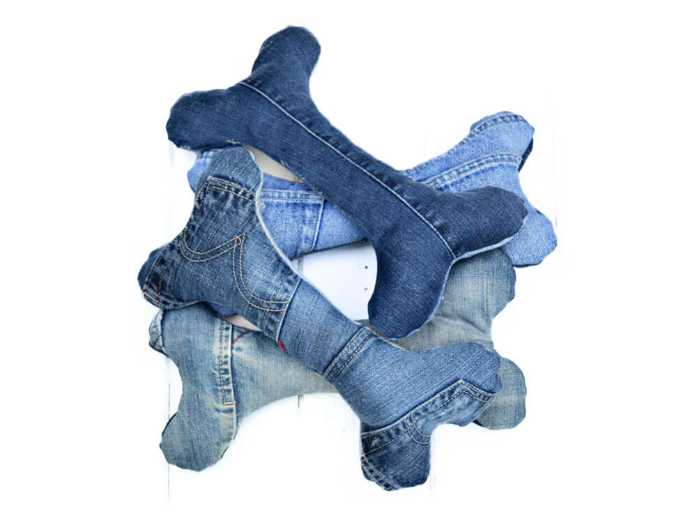A DIY toy made in an indestructible denim or jeans which is good to chew for dogs and puppies