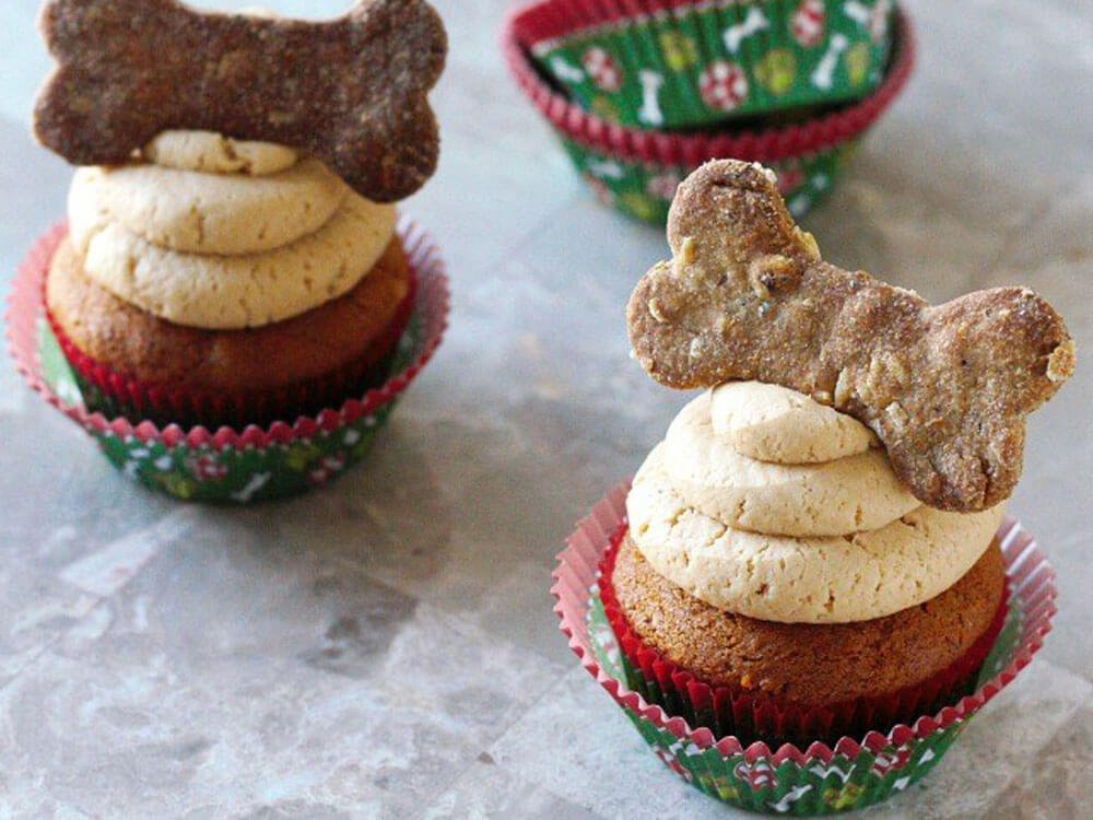 a peanut butter cupcakes for dogs this holiday season