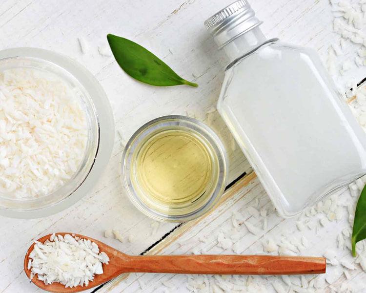 natural ingredients to make homemade dog shampoo