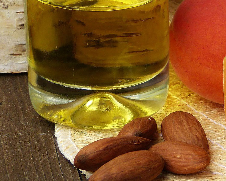 almond oil, a natural solution for dog ear mites