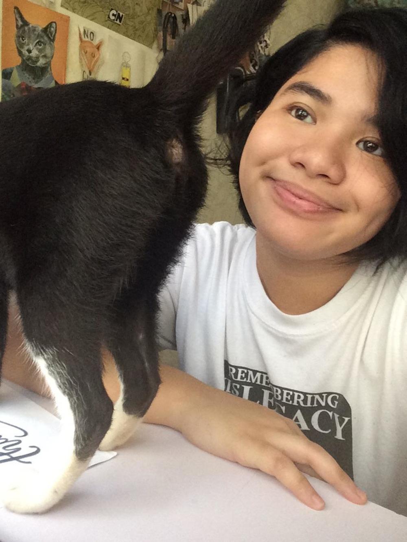 selfie cat butt